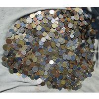 8 кило монет иностранных государств