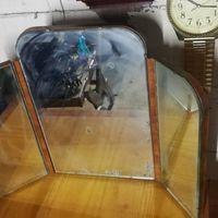 Столик с зеркалом. Винтажная мебель. Редкость. Раритет. Много лото. Фацетированное стекло. в с рубля