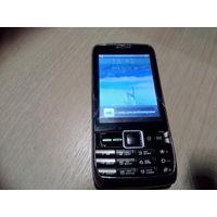 Мобильный телефон Morgan и подзарядка Samsung