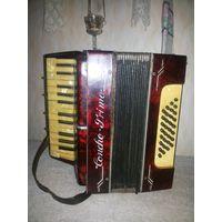 "Старый трофейный немецкий аккордеон ""Concho Primo"", 32 Bаsse . Германия, Третий рейх (Deutsches Reich, 1933-1943)."