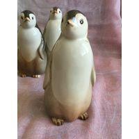 Статуэтка фарфоровая пингвин Пепе. ЛФЗ, СССР