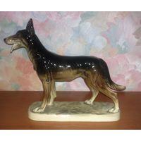 Статуэтка фарфоровая Собака (Германия)