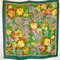 Новый натуральный двухсторонний платок из крепдешина ,. 94х94 см.