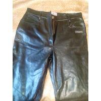 Штаны женские, кожаные брюки Trussardi 44 р на подкладке.Распродажа!