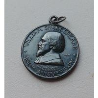 Памятная, юбилейная медаль, миниатюра, фрачник Уильям Шекспир 400 лет, 1964 год, Великобритания, известная контора P. Vincze, серебро