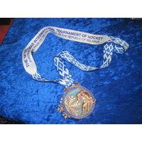 Медаль за III место в 14 Рождественском международном турнире по хоккею на призы Президента РБ с рубля!