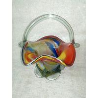 Старый Нёман конфетница корзинка цветное стекло