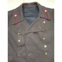 Шинель офицера.Фур-ра латунь. На реконструкцию 1943 год.
