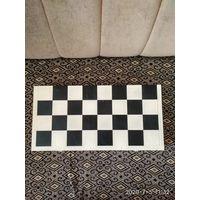 Комплект шахмат и шашек с коробкой
