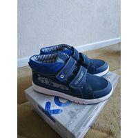 Новые замшевые ботинки Капика для мальчика. Р. 35. Стелька 22.5 см