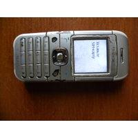 Мобильный телефон б.у. Nokia 6030.
