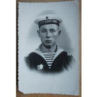 Фото моряка. 1957 г. 9х14 см.