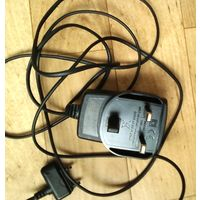 Зарядное для Сони Эриксон-INDOOR USE ONLI 100\240VAC-100mA