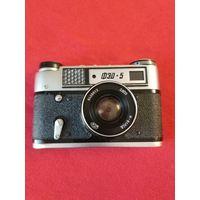 Фотоаппарат ФЭД 5, (без крышки, без футляра, со знаком качества).