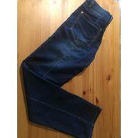 Темно-синие джинсы на 44-46 размер Gavers Jeans, идеальное состояние. Замеры: ПОталии 41 см, ПОбедер 50 см, длина 105 см.