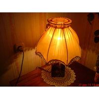 Лампа настольная с абажуром. Светильник- ретро!
