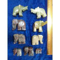 Стадо слоников из натурального камня. Цена за всех.