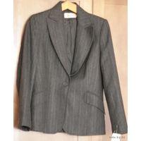 Фирменный женский пиджак, 80% шерсти, р.44-46
