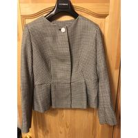 Стильный женский пиджак.
