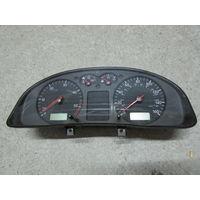 104581C Volkswagen Passat B5 щиток приборов 3B0919910cx