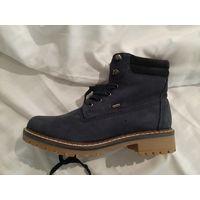 Новые утепленные зимние ботинки