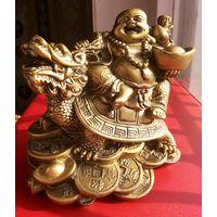 Будда, Вишну, Кришна, короче какой то Индийский бог. Размер 10,5*10 см.