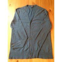 Фирменный джемпер Collins на 44 размер (S) благородного сине бирюзового цвета. Отличное состояние. Длина 67 см, ПОгруди 46 см, длина рукава 64 см.
