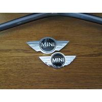 Эмблемы на капот логотипы мини купер оригинал бмв.цена за 1шт