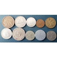 10 разных монет одним лотом. Лот 4