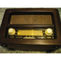 """Радиоприемник """"ROADSTAR 1510"""", MW, FM, под ретро."""