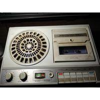 """Старый советский кассетный магнитофон""""Электроника-302-1""""СССР.1990 г."""