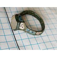 Старинный перстень.
