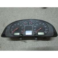 104583C Volkswagen Passat B5 щиток приборов 3B0920922