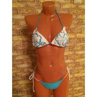 Красивый купальник на девушку или девочку на 40-42 размер. В принципе размер регулируется, так как и лиф и трусики на завязках.