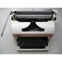 """Печатная машинка """"Ортех"""", рабочая"""