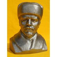 Бюст Ленина, силумин, высота 21см.