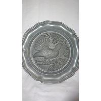 Тарелка оловянная настенная с тетеревом,Германия,диам. 22см