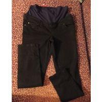Джинсы для беременной 46 размер, новые, плотный и качественный джинс, покупала за границей, не подошли по размеру. Отлично тянутся. Обмен не интересует. Замеры не делаю, так как отлично тянутся.