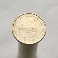 Вьетнам 2000 донгов 2003