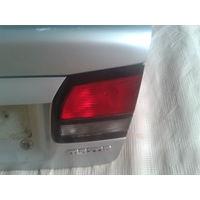 Фонарь крышки багажника; Mazda; 626; 1997 Правая; Хэтчбэк.