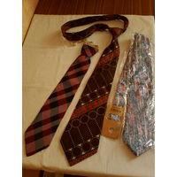 Красивые галстуки.