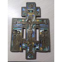 Крест - Распятие Христово с предстоящими.