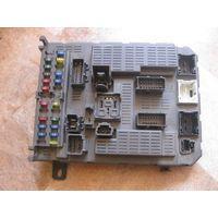 101117 Citroen C5 01-04 блок предохранителей 9645380