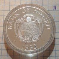 Науру 10 D 1995г
