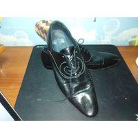 Туфли бу 10 ращсмер (42) импортные  фирменные  мне не подошли  состояние хорошие  небыли в ремонте кожа мягкая натуральная