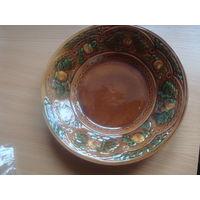 Блюдо керамическое с узором из СССР