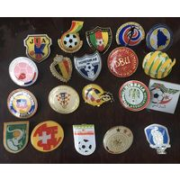 Значки, 20 шт , федерация футбола Испании, Бельгии , Хорватии, Колумбии , Германии и др , на цанге