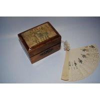 Старинная деревянная шкатулочка и дамский мини-веер_в хорошем сохране_(от шкатулки есть родной ключ)_Сверху была покрыта лаком_[всё видно на фото]_конец_19_нач.20_века_{Цена за всё}!