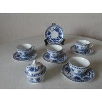 Сервиз чайный фарфор луковый рисунок 4 персоны 10 предметов Triptis - Porzellan Германия.