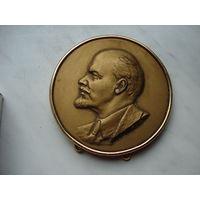 Плакетка В.И. Ленин (скульптор Соколов, ЛМД, номерная, принадлежала Вандышу Л.А.)
